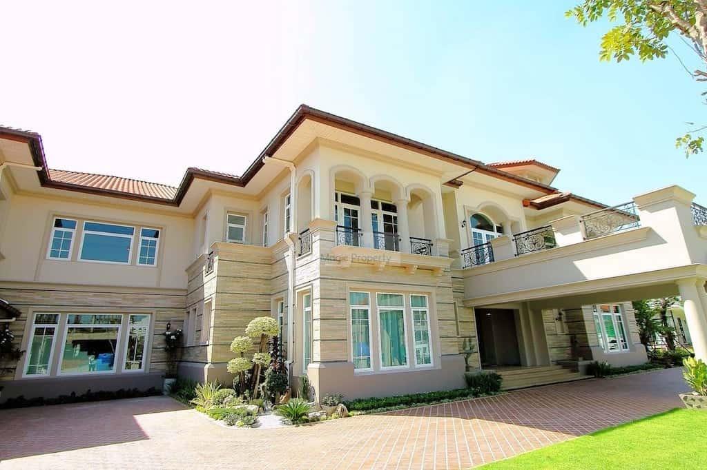 Grand Crystal House