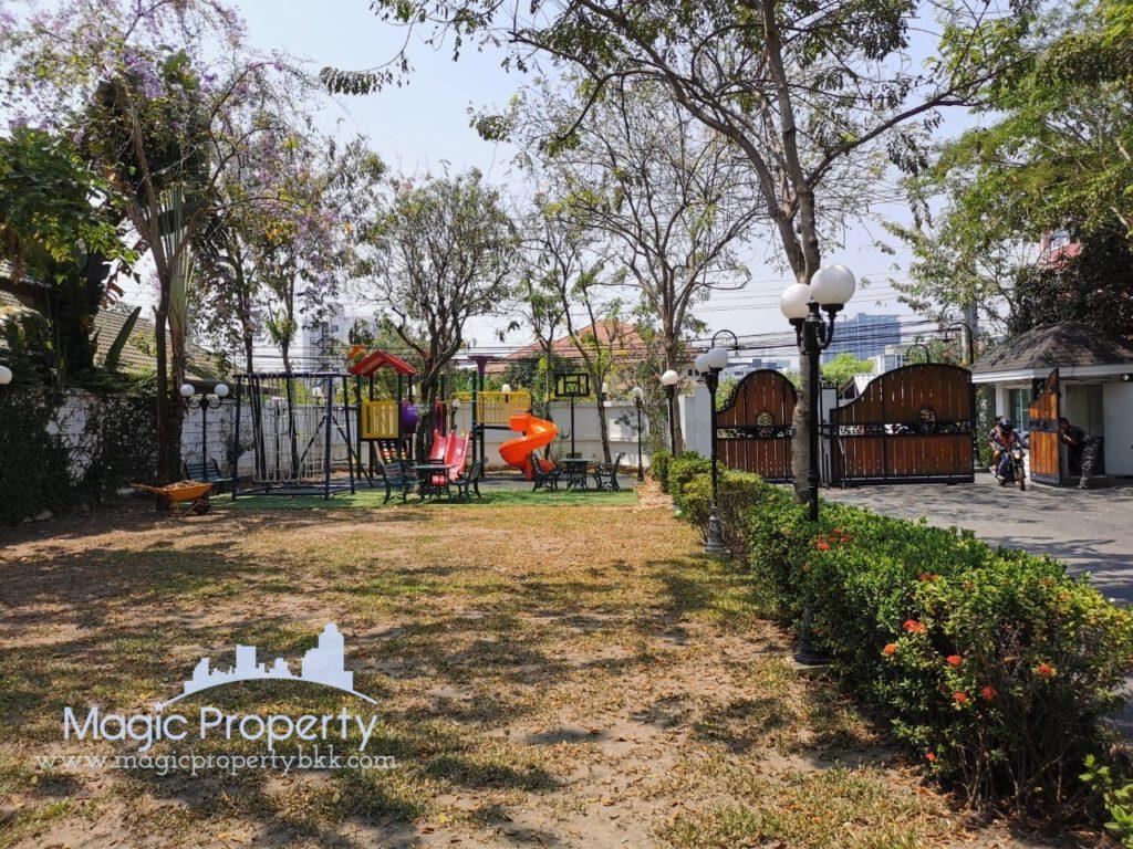 Single House Fantasia Villa 3 village Sukhumvit 109 (Soi Santhikam 14) For Rent, Samrong Nue, Samutprakan