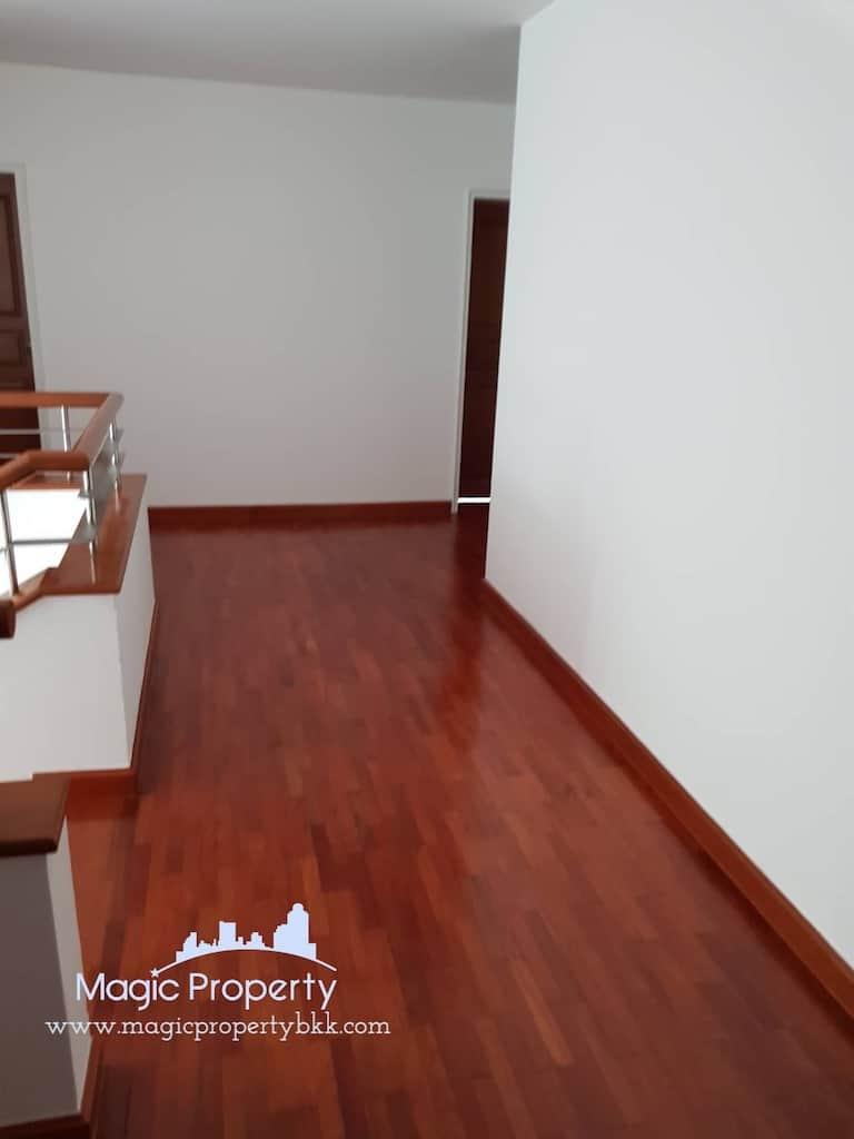 5 Bedrooms Single House For Sale in Nichada Thani Village, Bang Talat, Pak Kret, Nonthaburi