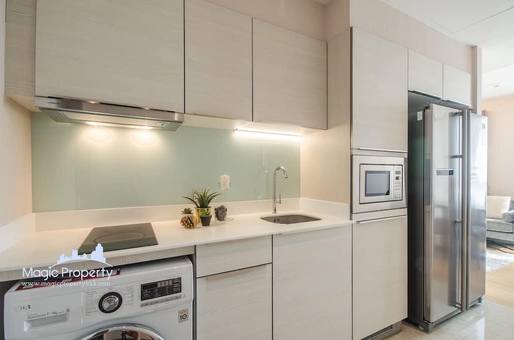 H Sukhumvit 43 Condominium 2 Bedroom For Rent Fully Furnished Unit High floor