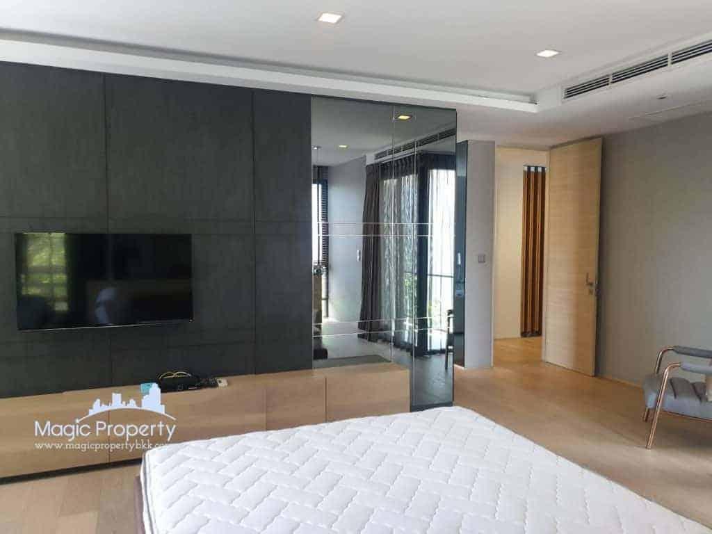 4 Bedrooms Single House For Sale inThe Honor Single House project, Pradit Manutham Road, Khlong Chaokhunsing, Wang Thonglang, Bangkok