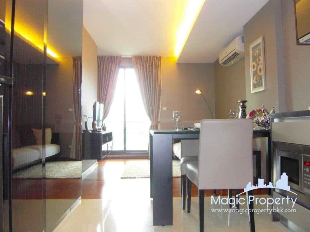 1 Bedroom For Rent in The Address Sukhumvit 61, Khlong Tan Nuea, Watthana, Bangkok 10110. Near BTS Ekkamai around 600 meters...