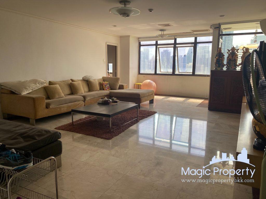 5 Bedrooms Condominium For Sale in The Waterford Park Sukhumvit 53. Located at Soi Pai Di Ma Din Klang, Khwaeng Khlong Tan Nuea, Khet Watthana..