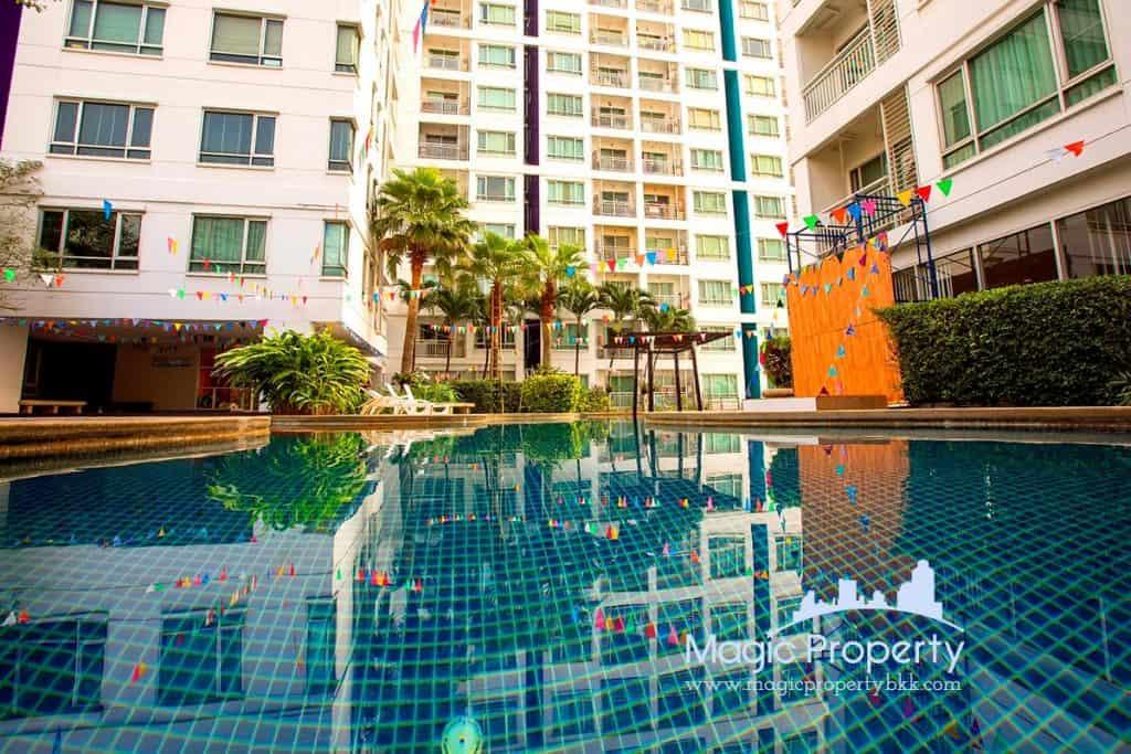 Sukhumvit Plus condominium 2 Bedroom For Sale. Located at Sukhumvit Road, Phra Khanong, Khlong Toei, Bangkok 10110. Near BTS Phra Khanong...