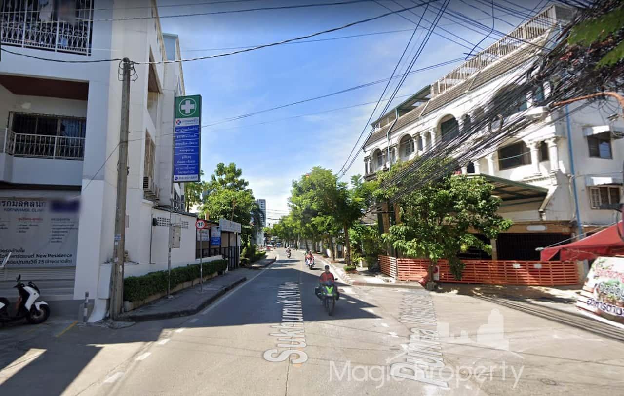 Commercial Building For Rent in Sukhumvit 101